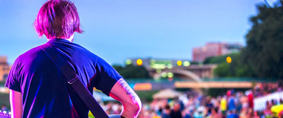WHERE TO ROCK IN DFW: OUTDOOR SUMMER CONCERT SERIES – VISIT DFW